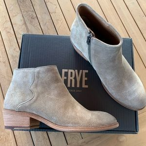 Frye Carson Piping Ankle Bootie
